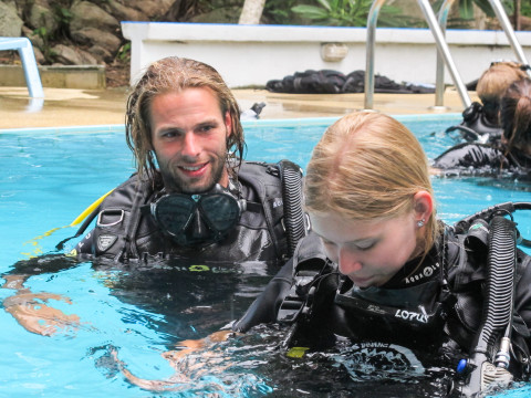 PADI Open Water with our patient and friendly instructor